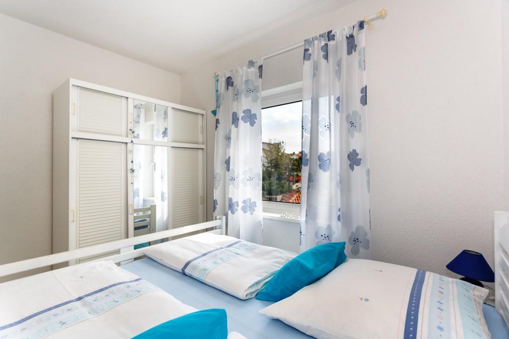 haus mira wohnung 1 eg kofner ferienwohnungen auf. Black Bedroom Furniture Sets. Home Design Ideas